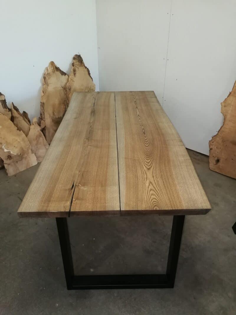 Esche mit Ebenholzöl und Rahmen