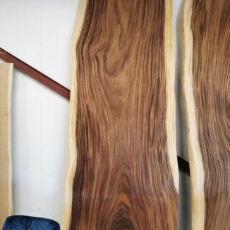 Amerikanische Walnuss 1 Planke 90-112 300 cm