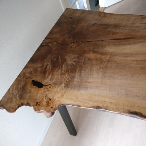 Hoher Tisch aus Esche mit schräge Beinen hoch mit Walnussöl