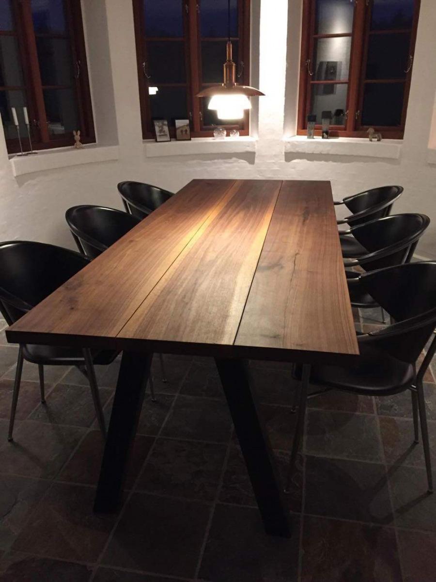 Massiv plankebord amerikansk valnød