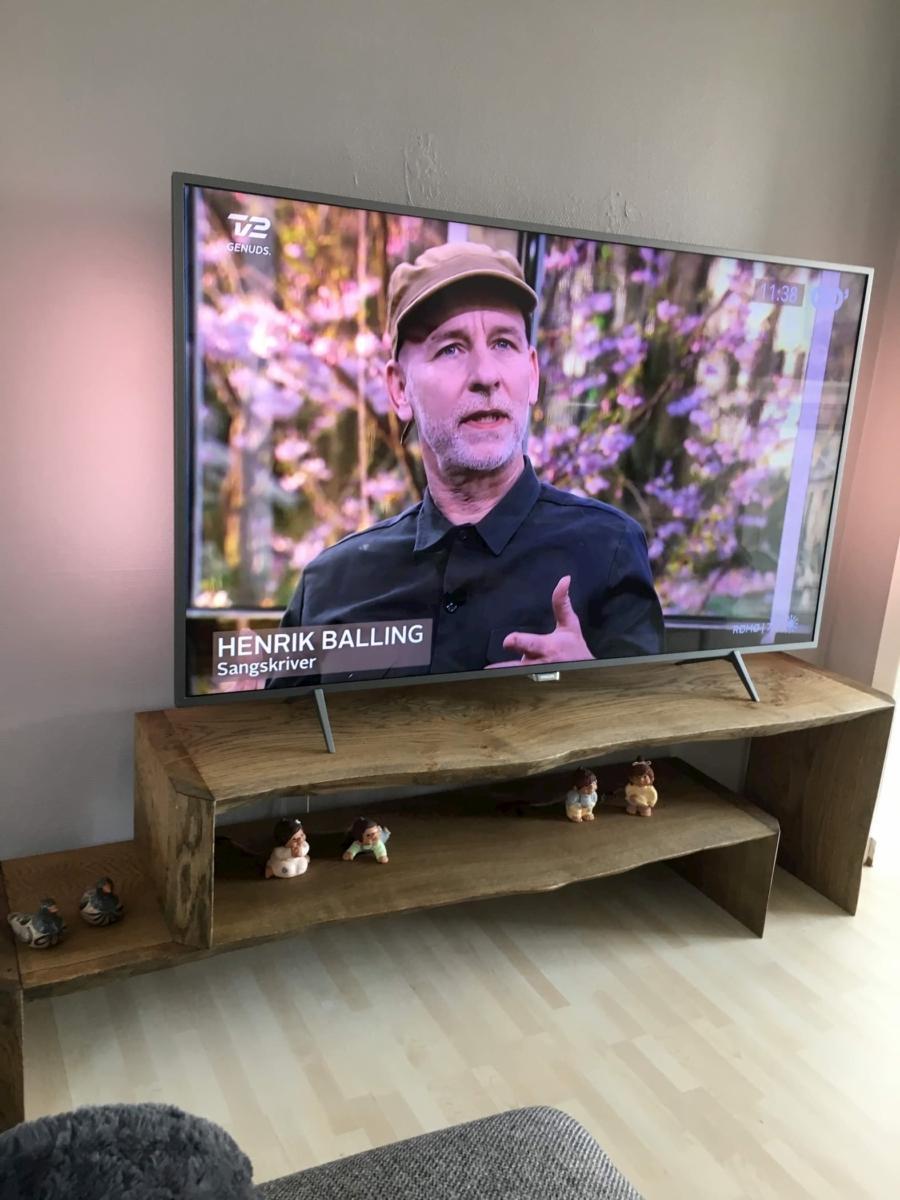 TV tisch aus eiche mit ebenholz Öl und natur kanten